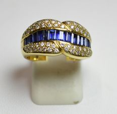 Ring in 18 kt yellow gold – sapphires – diamonds – size: 55