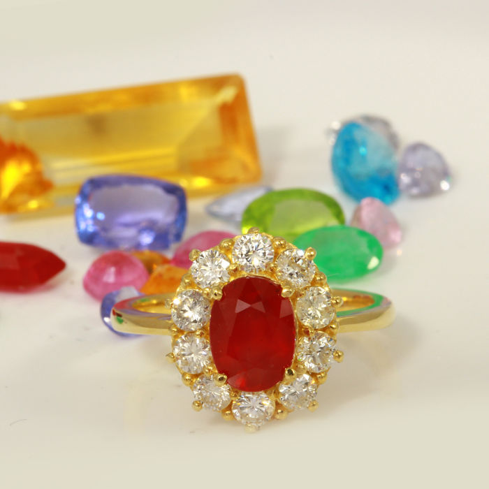3.28 Carat Ruby And Diamond Ring In 14K Solid Yellow Gold - Ring Size: 7 *** Free Shipping *** No Reserve *** Free Resizing