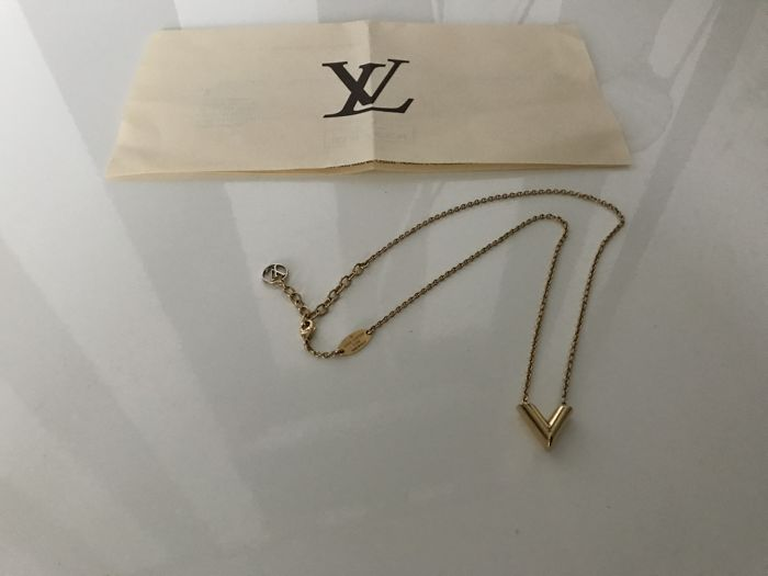 Louis Vuitton Essential V Necklace Ketting Catawiki