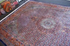 Handwoven original Persian carpet oriental Moud approx. 356 x 254cm. Good condition, Iran, cork with silk, fine weaving approx. 500,000 knp.