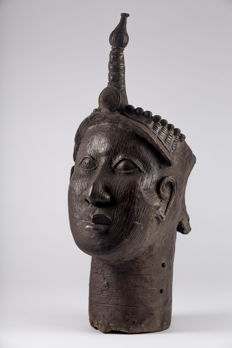 Large royal Olukun head - IFE - Nigeria
