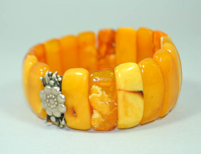 Antique Baltic Amber bracelet butterscotch, egg yolk honey Amber, no treatment, 38 gram