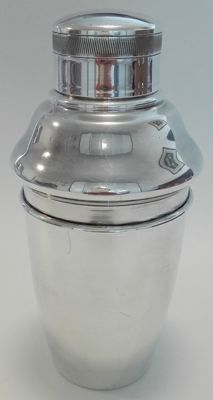 A silver plated Cocktail Shaker, SOLA 90