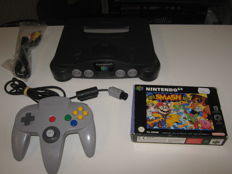 Nintendo 64 incl Super Smash Bros boxed and complete.