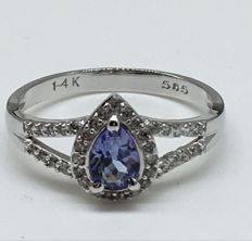14kt Gold Ring Tanzanite - size US 7