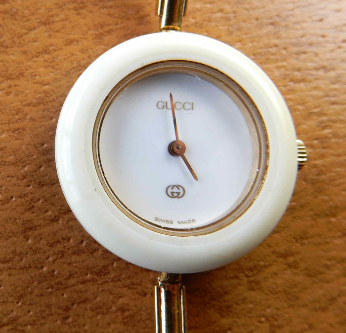 250feefa5be9 Gucci 1100-L vintage ladies  watch - Iconic piece from the 1980s - with  rings bezels and original case