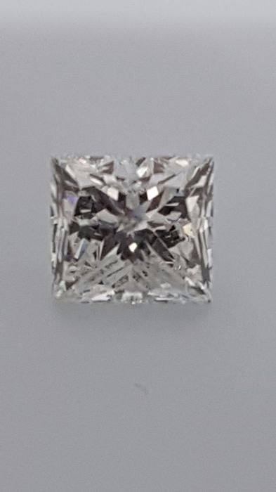 1.16 ct - Princess - White - D / SI1