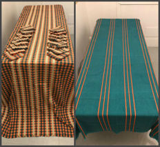 2 very large tablecloths with its napkins, cotton and embroidery - Tablecloth of Peru