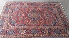 Beautiful, hand-knotted Persian carpet, 214x 118 cm. Act now, don't miss it, no reserve price!