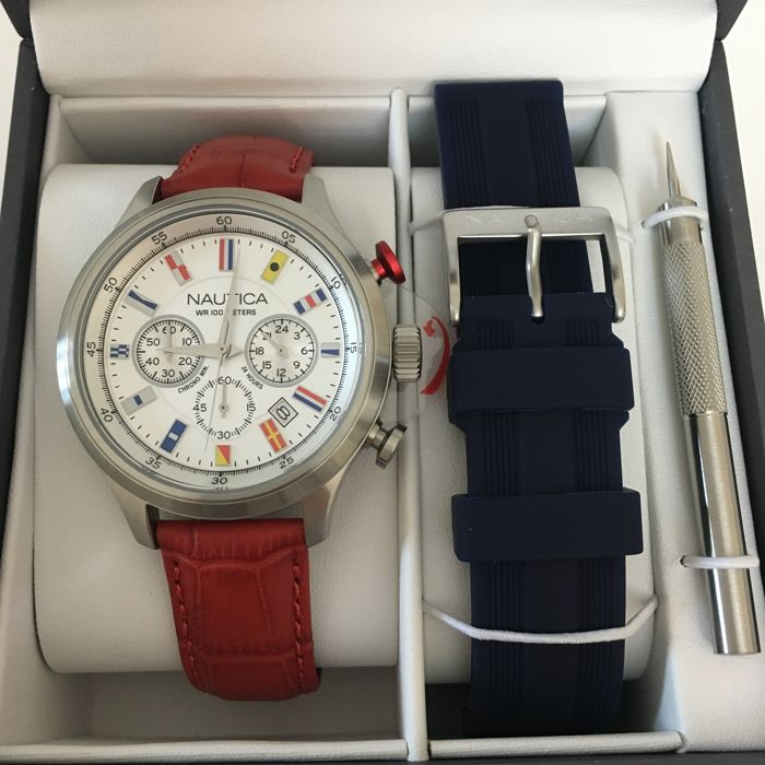 Nautica - Men's Chronograph Wristwatch With extra strap