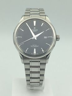 Tudor Style 41mm Steel Case Black Dial