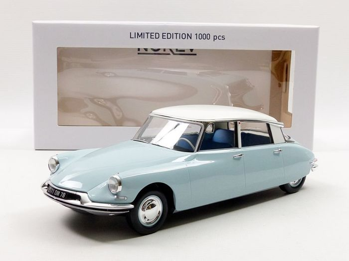 Norev - scale 1/18 - Citroen DS 19 - light blue/white - 1959