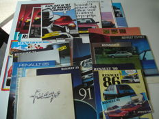 Car folders Renault (27 x including Fuego, Espace, 4, 5, Super 5, 9, 11, 19, 20, 21, 25 and 30)