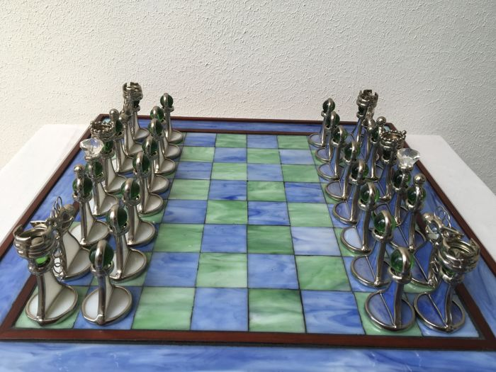 Decorative stained glass chess set catawiki - Ornamental chess sets ...