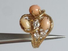 Three natural Conch pearl Crafted in 14K yellow Gold ring with 0.55ct VS diamonds,ring size 7 (us)