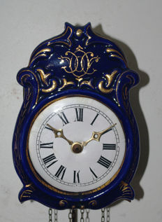 Schwarzwalder (Black Forest) porcelain clock – period 1860.
