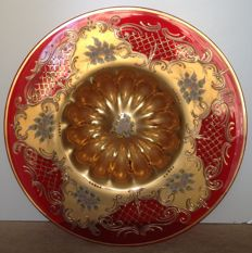 Murano - large red centrepiece decorated in 22 kt gold