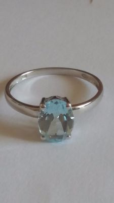 18 kt white gold ring set with a central Light Blue Topaz 0.84 ct , ring size 11 (40) – Free Resizing