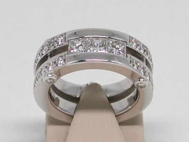 18 quilates Oro blanco - Anillo - 2.00 ct Diamante