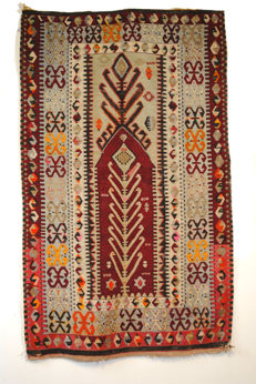 Antique Anatolian kelim prayer rug In very good condition!