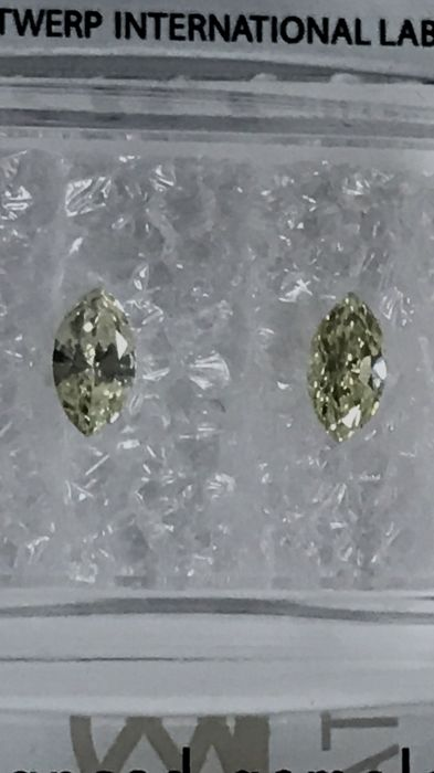 Pair of Marquise cut diamonds total 0.30 ct Fancy Light Yellow VS2