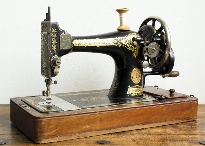 Singer - Antique Hand Sewing Machine, Germany - early 20th century
