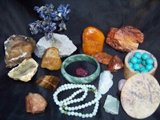 Large collection of Minerals - cut, polished and natural - 40 to 100 mm - 1550gm  (ca 25)