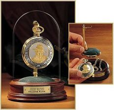 Franklin Mint John Wayne pocket watch with chain - 24 carat gold plated with the portrait of John Wayne - Rare.