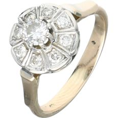 14 kt Yellow gold rosette ring set with 9 round brilliant cut diamonds with a total of approx. 0.41 ct In white gold setting - Ring size: 16.25 mm