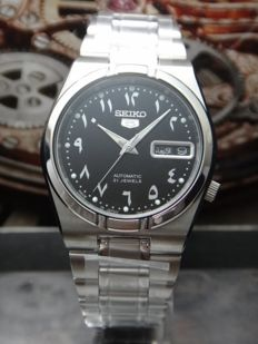 Seiko 5 Arabic 100m Men Watch