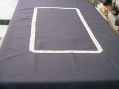 Tablecloth of dark blue tafetta - silk with central trim with old white lace.