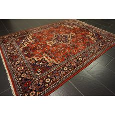 Magnificent handwoven Indo Qom Esfahan Isfahan silk shine 240 × 175 cm, made in India