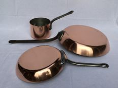Three professional copper French saucepans French __ 2 __ Sauteuse frying pans _ 1 saucepan TOURNUS FRANCE