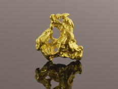 Natural Gold Nugget - 10.6 x 8.7 x 2.8 mm - 4.83 ct