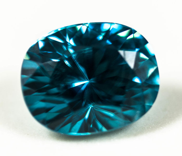 Zircon - Fine Color  - 6.55 ct
