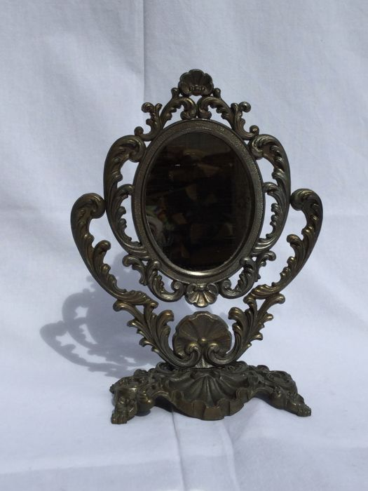 Beautiful oval mirror in baroque style can rotate for Mirror in a can