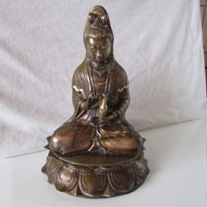 Large metal bronze plated statue depicting Guanyin - China - second half 20th century