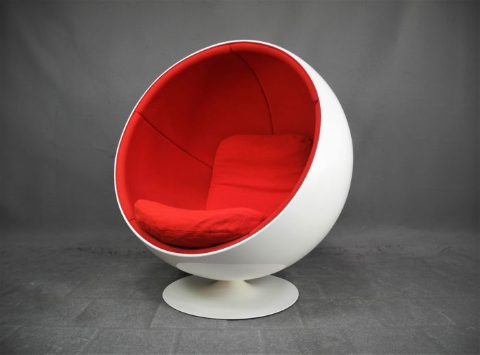 eero aarnio by adelta original vintage ball chair. Black Bedroom Furniture Sets. Home Design Ideas