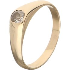14 kt Yellow gold antique ring set with an Old European cut diamond with a diameter of approx. 4.4 mm - ring size: 18.75 mm