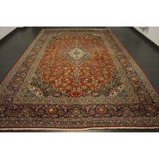 Wonderful and beautiful fine Persian palace carpet, Kashan, patina, great cork wool, made in Iran, 390 x 280 cm