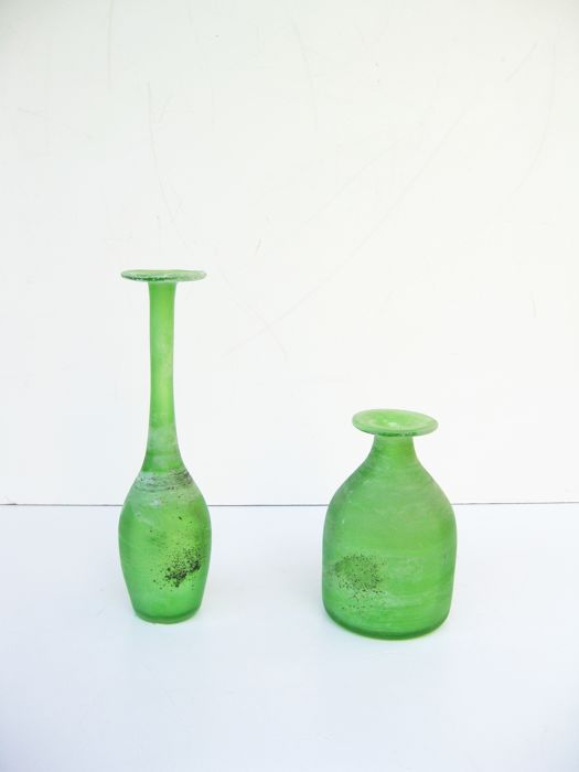 Gino Cenedese - Pair of green scavo vases
