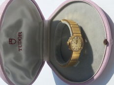 Tudor Genève by Rolex no. 9560. Gold women's wristwatch, 1979.