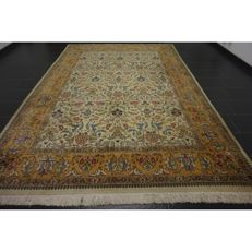 High-quality hand-knotted oriental Turkish Hereke carpet, made in Turkey Hereke* cork wool on cotton 360 x 240 cm