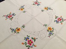 Handmade linen tablecloth. Cross stitch Like new