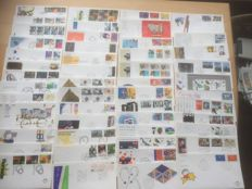 The Netherlands 1977/2010 - Batch 1312 FDCs, 116 stamp booklets and 4 Collect Cards