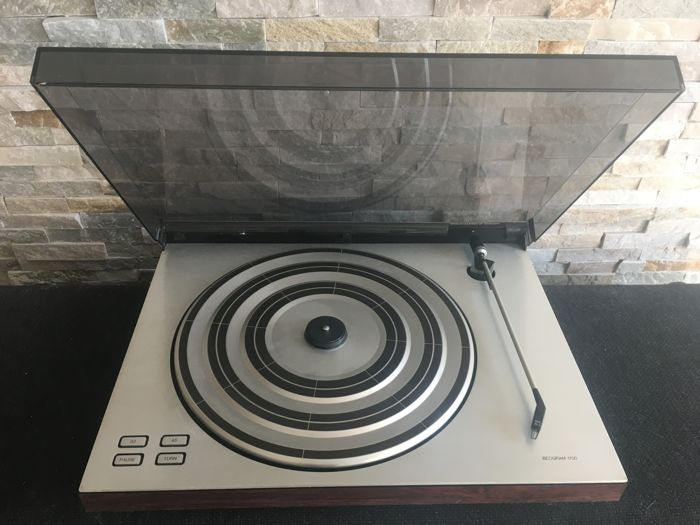 Bang and Olufsen - Beogram 1700 with very nice MMC 20S cartridge