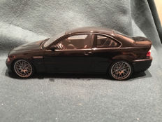 Kyosho - Scale 1/18 - BMW M3 CSL - Black