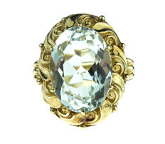 Large 14 kt yellow gold women's ring with aquamarine in fantasy setting – Size 18.5