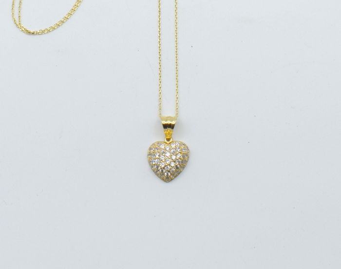 14 carat yellow gold necklace  with  Heart   pendant