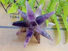 Amethyst - 12-point Star - 6.5 x 6.7 cm - 55 g